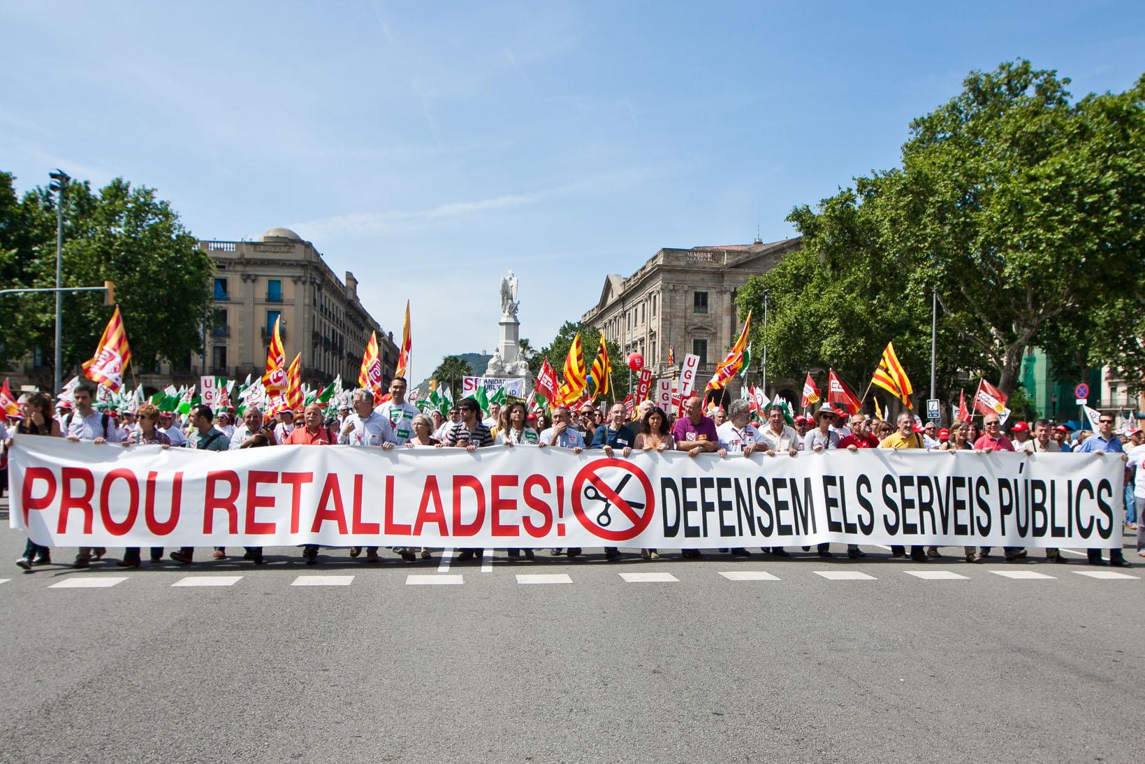 Manifestació contra les retallades de la Generalitat / JORDI BORRÀS