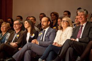 Jordi Cañas, al centre de la imatge, amb altres diputats de C's / JORDI BORRÀS