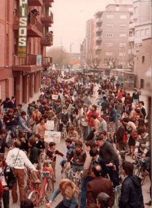 "Manifestació multitudinària per reclamar ""Salvem Gallecs"" l'any 1978."