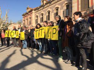 Una protesta recent contra el TTIP davant del Parlament de Catalunya /