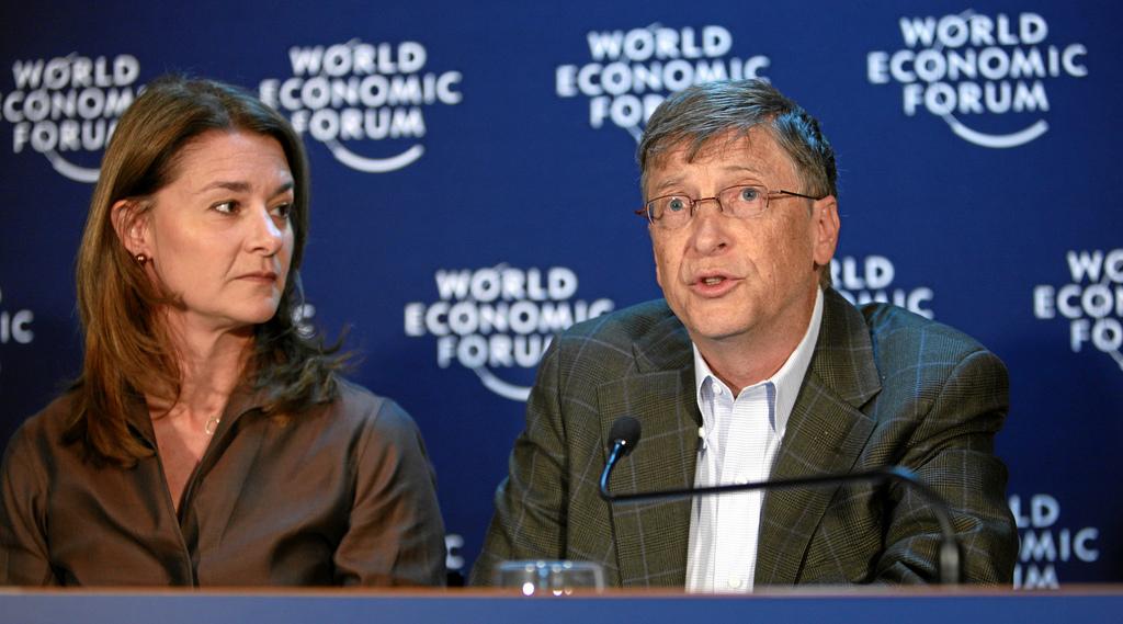 Melinda i Bill Gates, propietaris de Microsoft i coneguts per la seva fundació filantròpica, al Fòrum Econòmic de Davos al 2009 / ARXIU