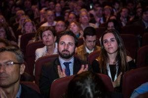 Santiago Abascal i Ariadna Hernández de Vox a l'acte de presentació de SCC a Barcelona / JORDI BORRÀS