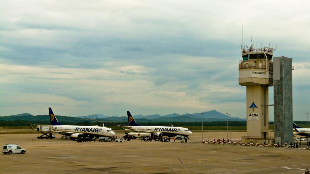 Avions de Ryanair a l'Aeroport de Girona-Costa Brava / JUANMA MERINO