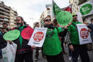 Manifestació de la PAH a Barcelona amb el lema 'Sí se puede' / JORDI BORRÀS