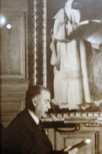 Retrat de Miquel Mateu a la Biblioteca del Convent del Carme de Peralada / JOSEP RENALIAS