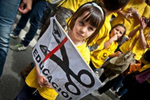Protesta contra les retallades en Educació / JORDI BORRÀS