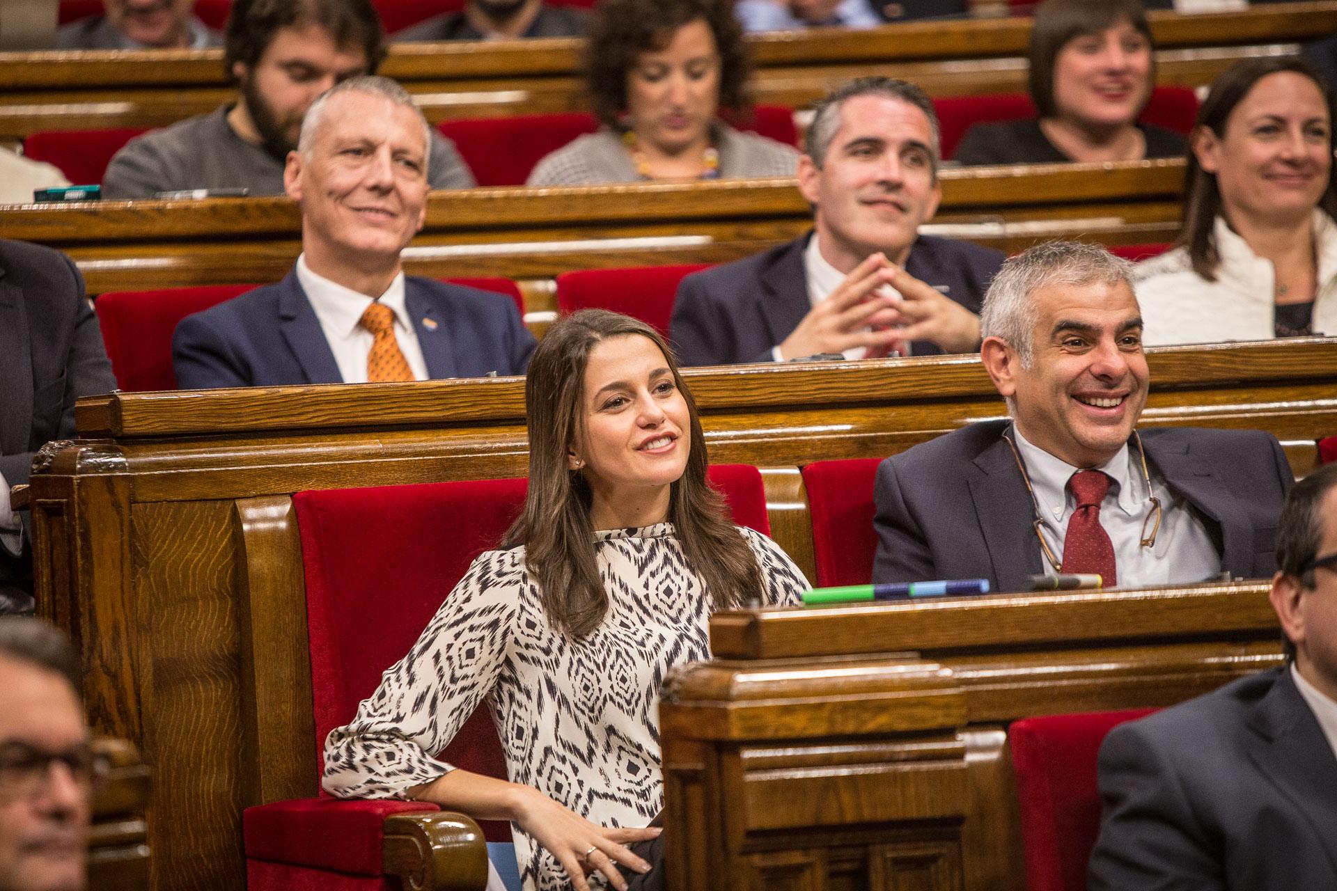 Arrimadas i Carrizosa, a la bancada de Ciutadans al Parlament / JORDI BORRÀS