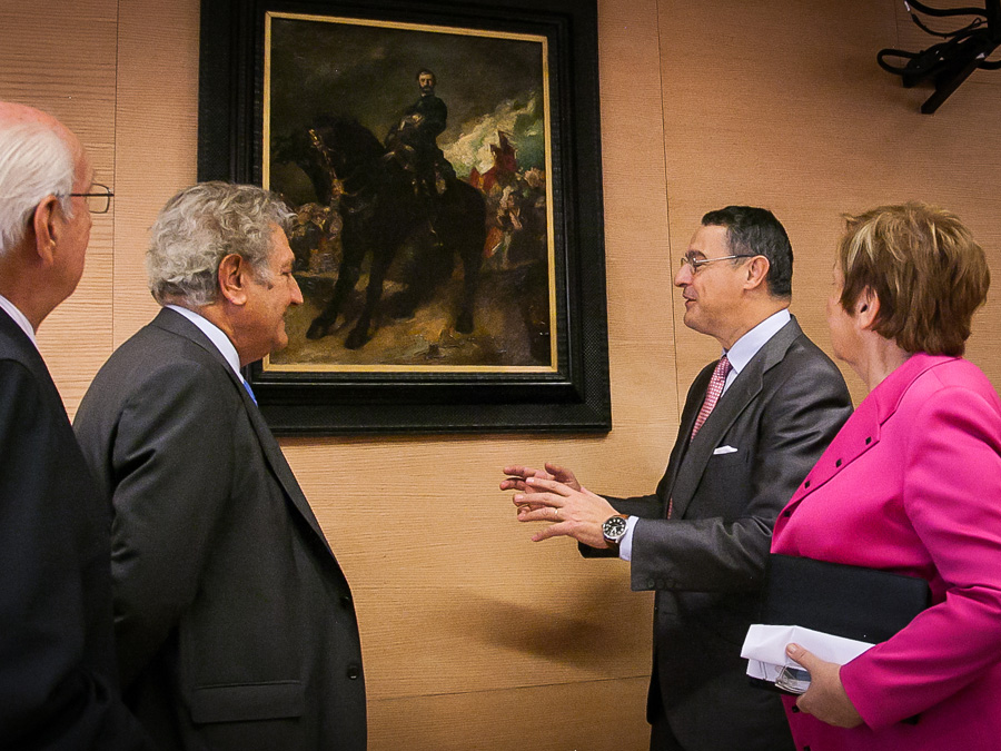 Quadre penjat del general Prim, amb el president del Congrés Jesús Posada / CONGRÉS DELS DIPUTATS