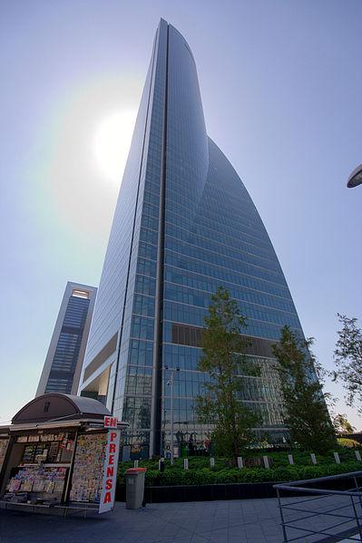 La Torre Espacio, seu d'OHL