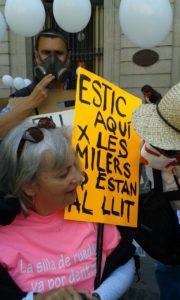 Manifestació per reivindicar els drets de les malaltes de les Síndromes del Sistema Central / CLARA VALVERDE