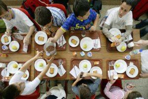 Menjador escolar / ARXIU