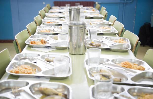 Menjadors escolars camp de batalla per a grans empreses for Comedor escolar