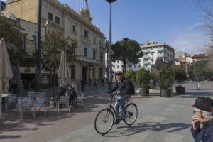 La plaça de l'Ajuntament de l'Hospitalet / XAVI HERRERO