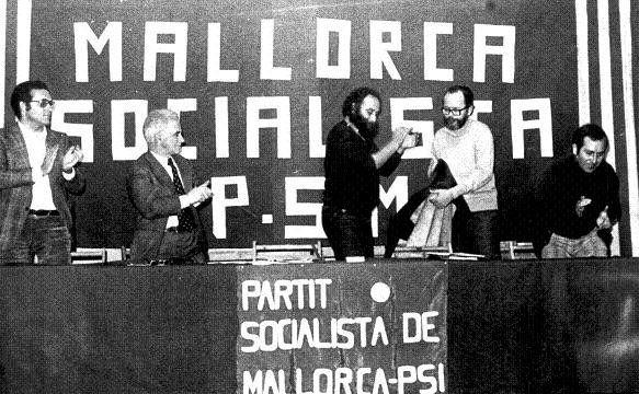 Lluís Maria Xirinacs a un congrés del PSM