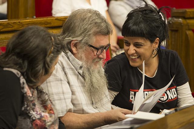 Anna Gabriel i Joan Garriga 'Nana' al Parlament. Foto: Parlament.cat