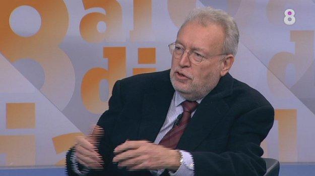 Joan Tapia va ser un director molt qüesitonat pel Pujolisme. Foto: 8TV