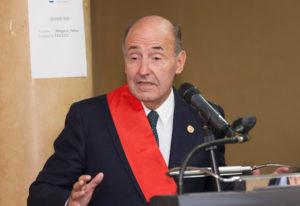 Miquel Roca va rebre la Gran Creu al Mèrit al Servei de l'Advocacia el 2015 / ROCA JUNYENT