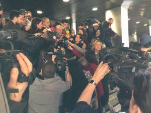 Miquel Roca explicant la sentència el cas Noós a la premsa / ROCA JUNYENT