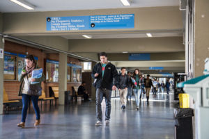 Estudiants a la Universitat de Barcelona / JORDI BORRÀS