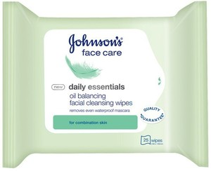Johnson's Oil Balancing Facial Wipes 25pc