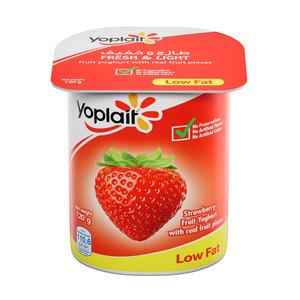 Yoplait Strawberry Low Fat Fruit Yoghurt 120g