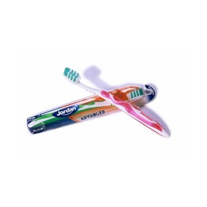 Jordan Medium Advanced Toothbrush 1pc