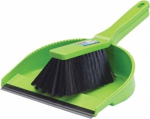 Sirocco Dustpan With Brush 1s
