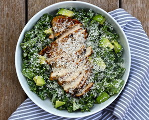 Kale Chicken Caesar Salad 1 serving