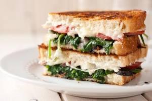 Mini Spanich Sandwich 1pc