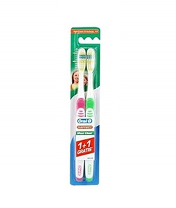 Oral B Toothbrush Maxi Clean 2pc
