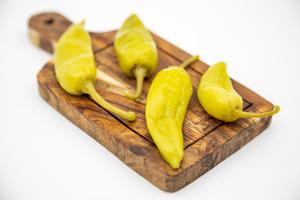 Al Douri Yellow Hot Pepper Pickled 1kg