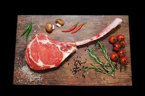 Stockyard Australian Black Angus Beef Tomahawk Unfrenched 1 rib