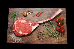 Stockyard Australian Black Angus Beef Tomahawk Unfrenched 2 rib pack