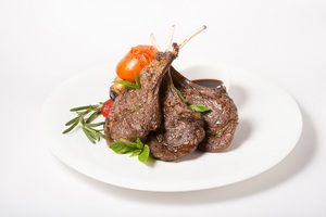 Olio's Grilled Lamb Chops 1s