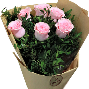 Half Dozen Roses 6 stems