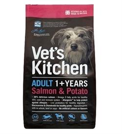 Vet's Kitchen Adult Dog Salmon & Potato 7.5kg