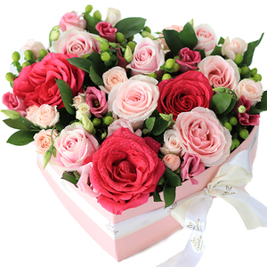 Full Heart Mix Flower Shape Box (Medium) 1box