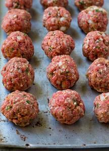 Italian Meatballs Stuffed With Mozzarella Cheese 500g