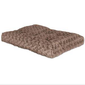 Midwest Pet Bed Ombre Mocha Swirl Fur 104x66cm