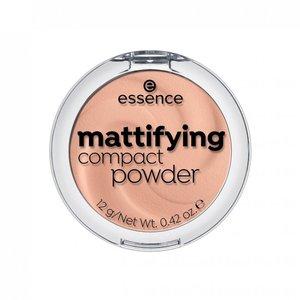 Essence Mattifying Compact Powder 04 Perfect Beige 1pc