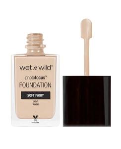 Wet N Wild Photo Focus Foundation Soft Ivory 1pc