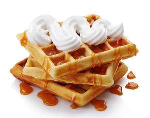 Well Monte Waffles Whipped Cream & Cherry 120g