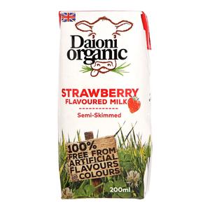 Daioni Organic Semi Skimmed Strawberry Flavoured Milk 18x200ml