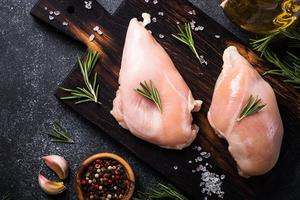 New Zealand Defrosted Skinless Chicken Breast 500g