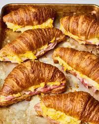 Green Giant Breakfast Croissant 1pc