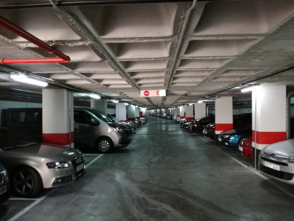 Parking Avenida del Derramador, 14