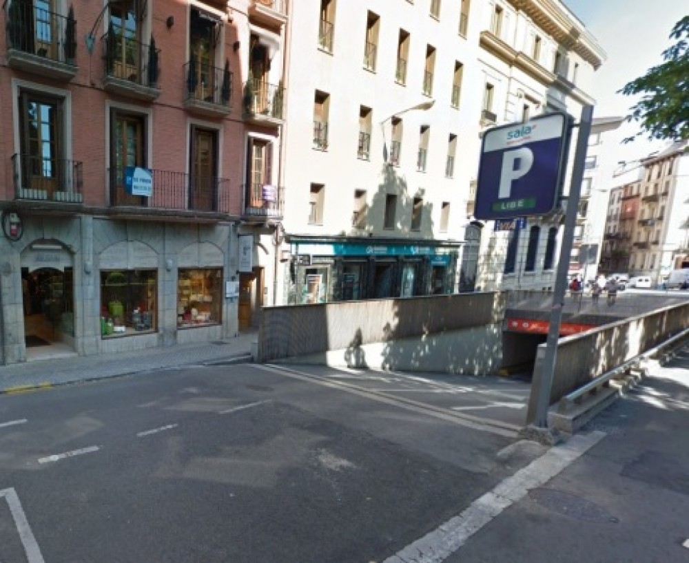 Aparcar en Plaza del Castillo, s/n-Navarra