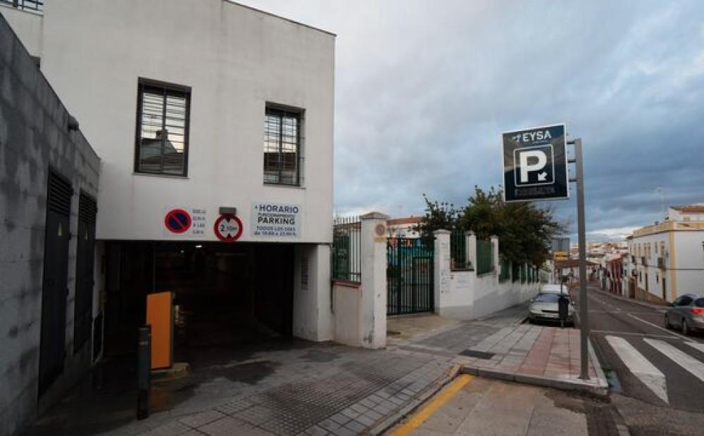 Parking Centro Cultural Antonio Carpio