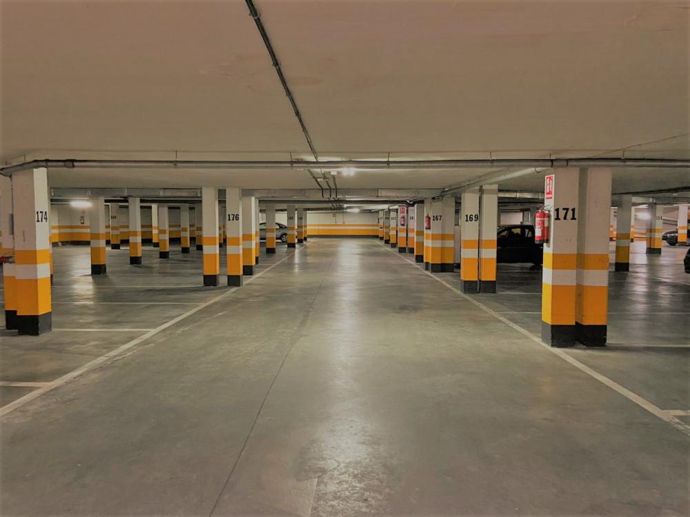 Parking Centro Jardín
