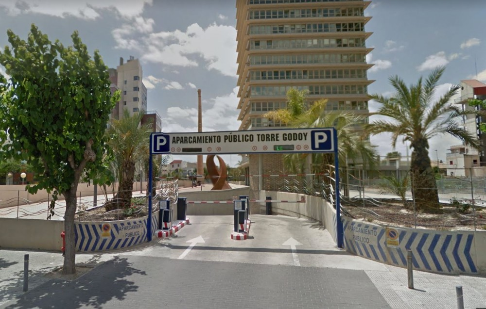 Aparcar en Aparcamiento Torre Godoy-Murcia